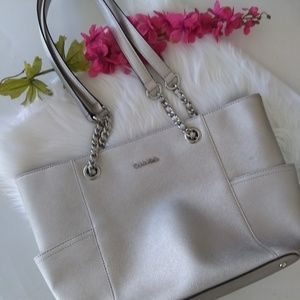 {NWOT} Calvin Klein Saffiano Leather Tote Bag